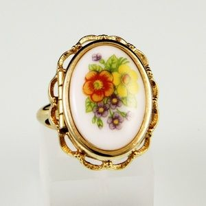 Vintage Floral Locket Ring